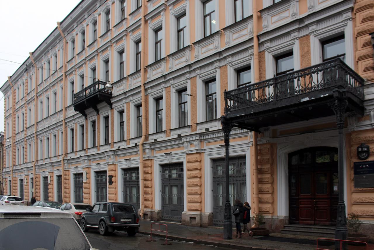 Убийство РФ ВВП... В Петербурге началось банкротство бывшего флагмана оптической промышленности